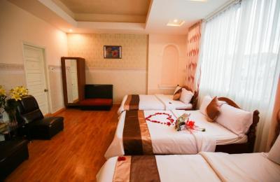Khách sạn FullMoon Đà Lạt